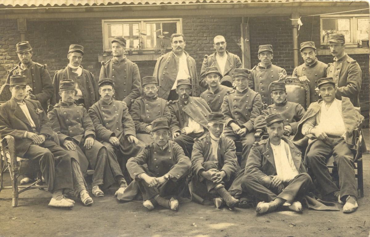 28e-regiment-soigne-hopital-provisoire-Leernes-Ambulance-1284