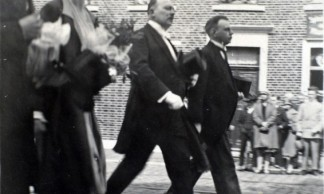 Princesse-Marie-Jose-traverse-Marchienne-au-Pont-1er-juillet-1928